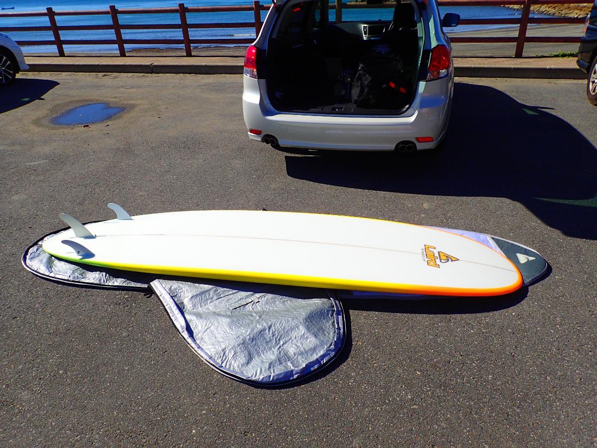 心はLAIRD STAND UP 9'6 SURFER HYBRID EPSHPに釘付け。不思議な縁で、今回オーナーさんと再会することに…
