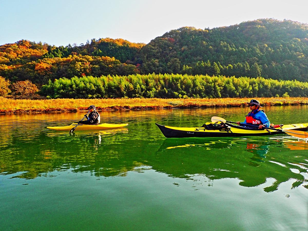 masa夫妻。この日、那珂川の冷たい水の洗礼を受けたのは、私と彼女のみ。ドライスーツの実用性を実感できたようである。
